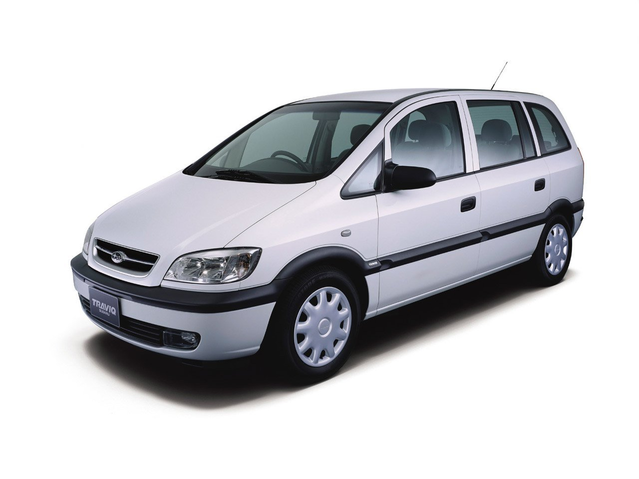 Автомобиль Subaru Traviq