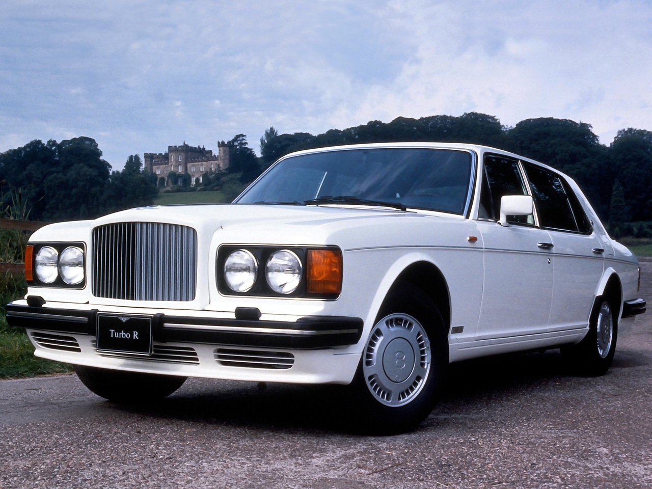Автомобиль Bentley Turbo R