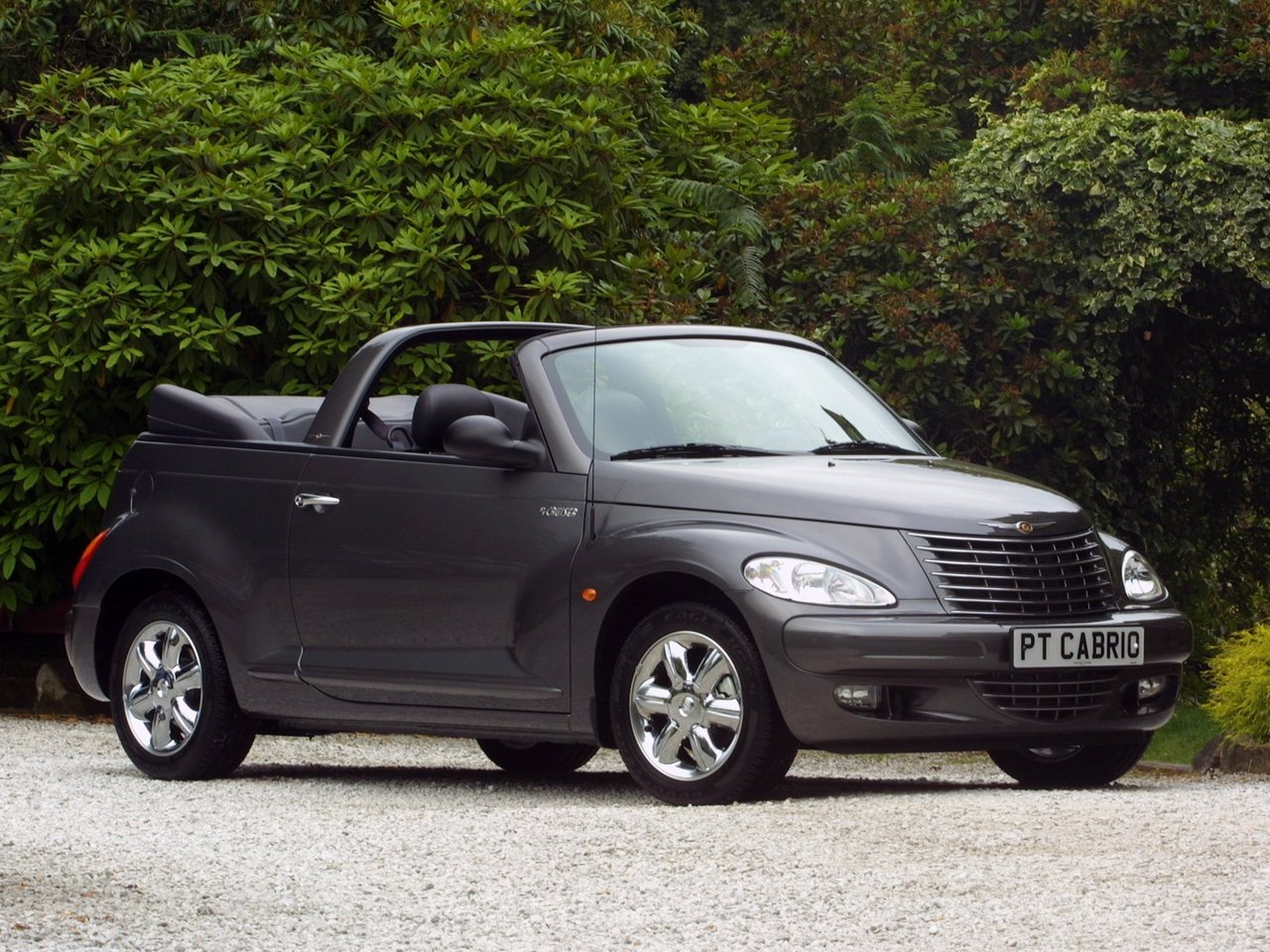 Автомобиль Chrysler PT Cruiser