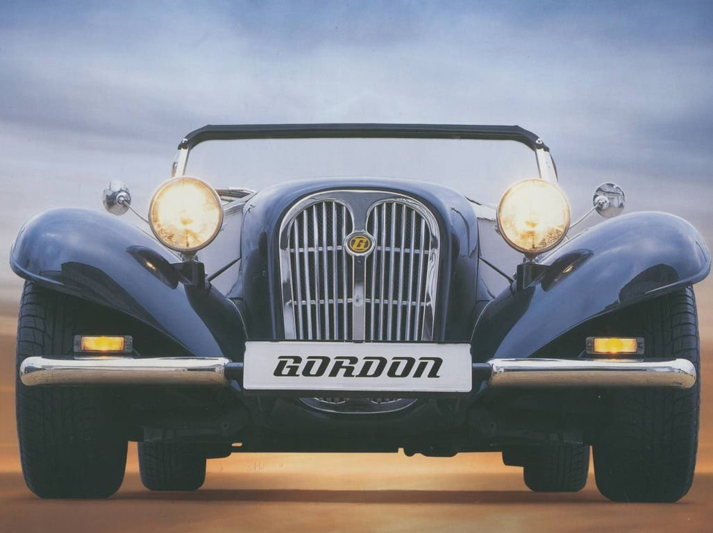 Автомобиль Gordon Roadster