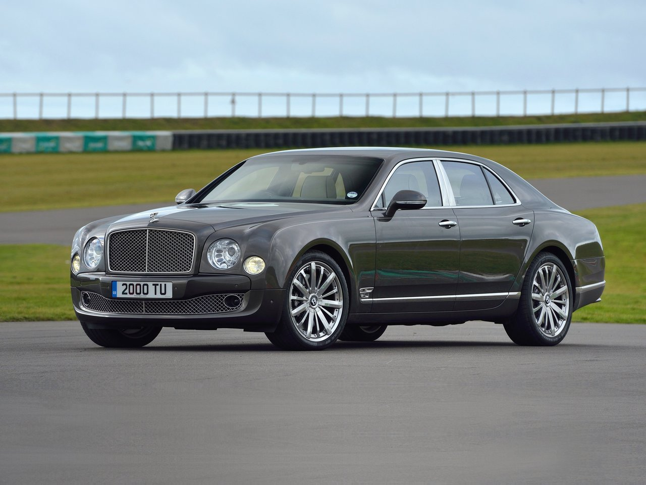 Автомобиль Bentley Mulsanne