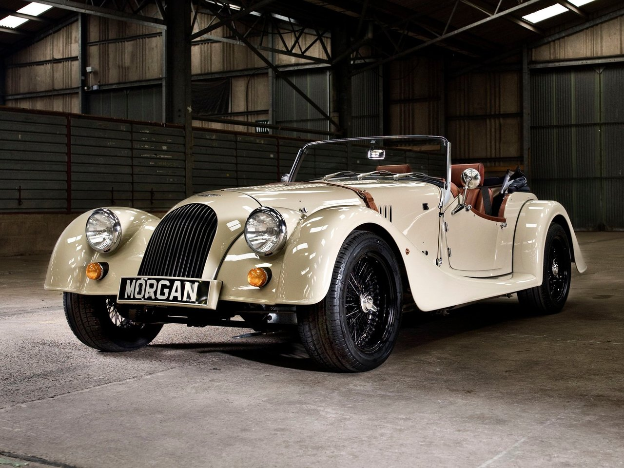 Автомобиль Morgan Roadster
