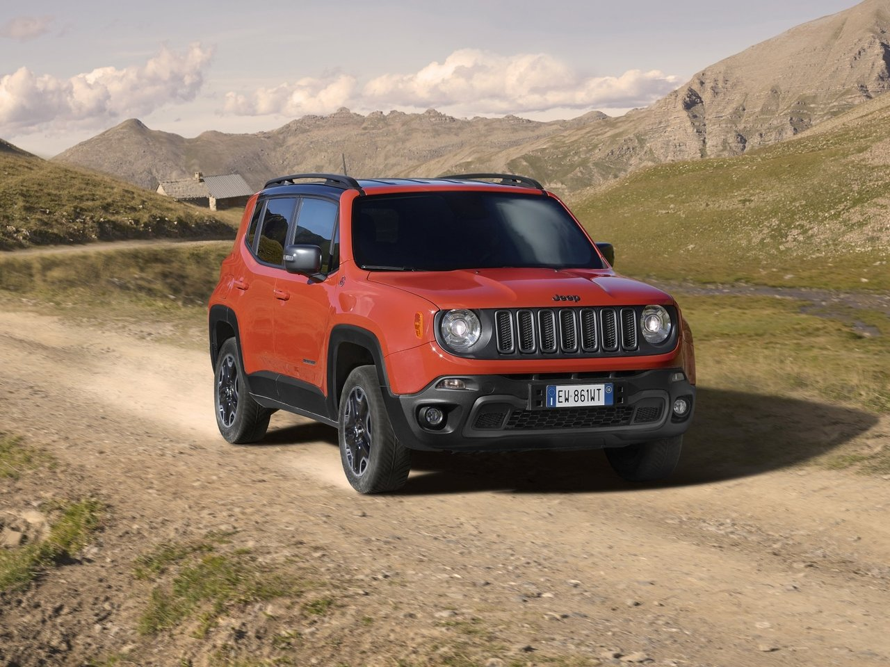 Автомобиль Jeep Renegade