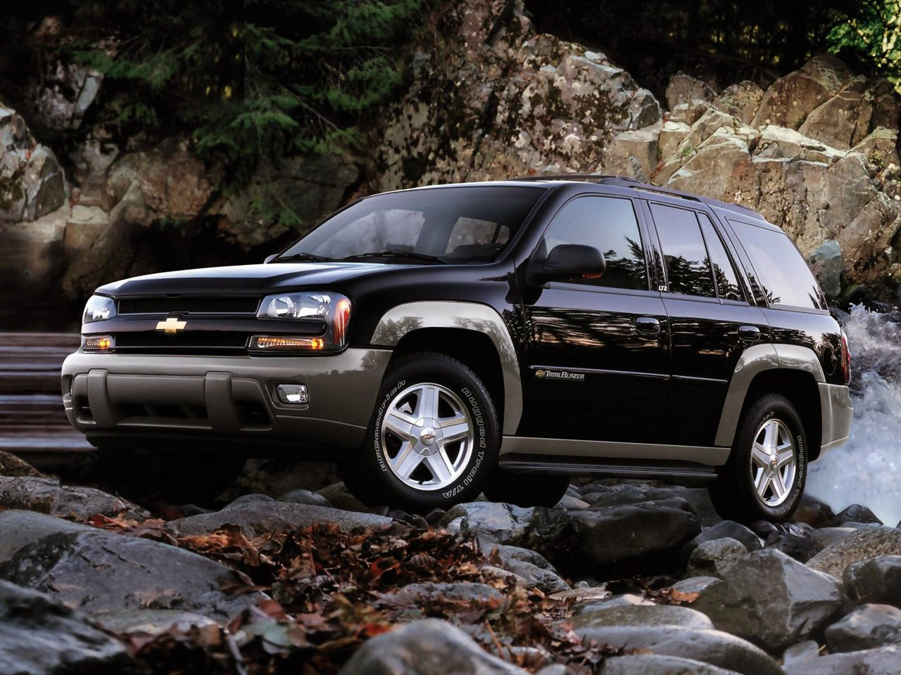 Автомобиль Chevrolet TrailBlazer