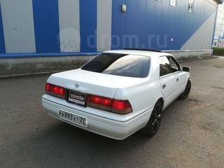 Toyota Crown, Седан 1998