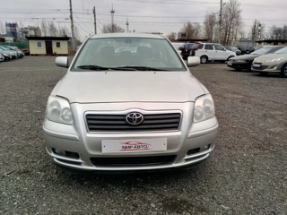 Toyota Avensis, Седан 2004