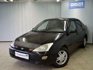 Ford Focus, Седан 2002