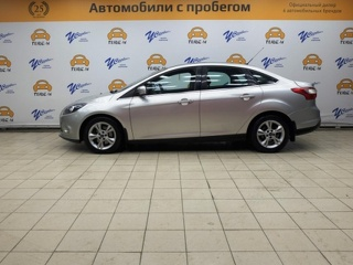 Ford Focus, Седан 2011