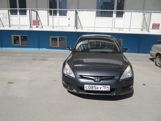 Honda Accord, Седан 2004